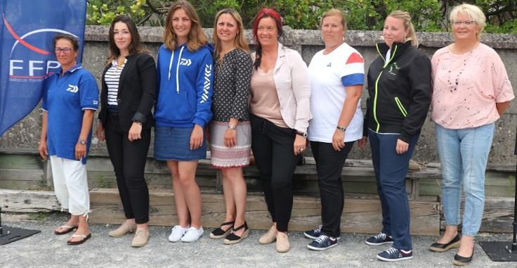 equipe de france dames surfcasting 2017.JPG