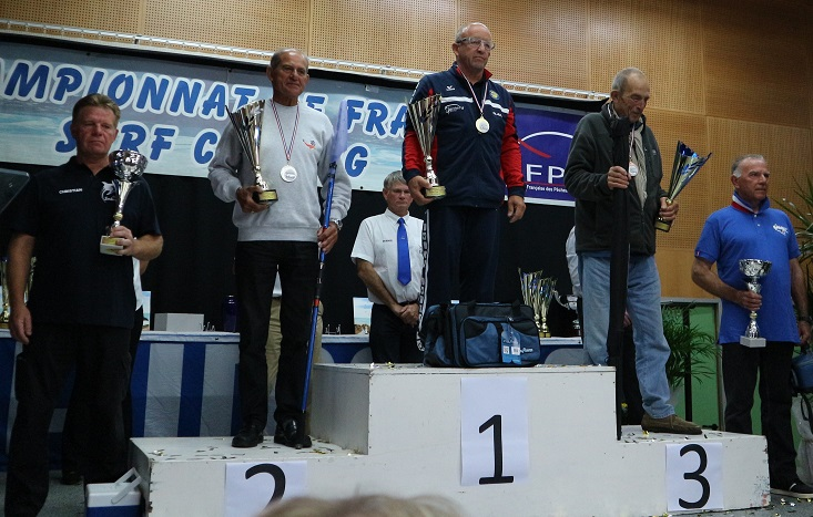 podium veterans championnat de france surfcasting 2017.JPG