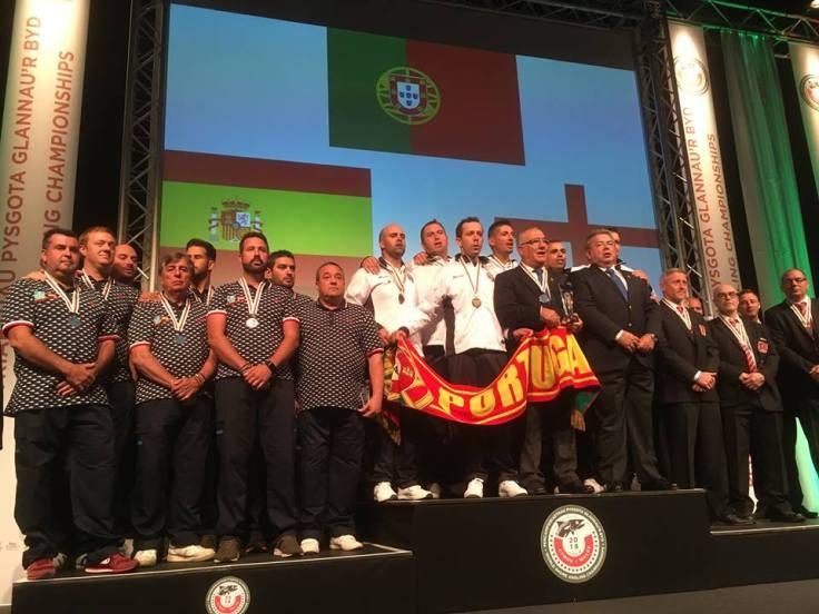 podium hommes equipe